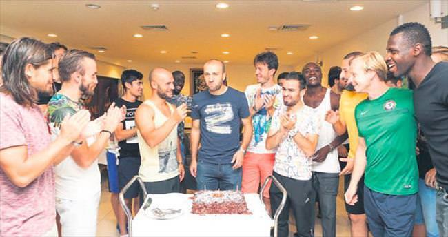 Mehmet Güven 29. yaşını kutladı
