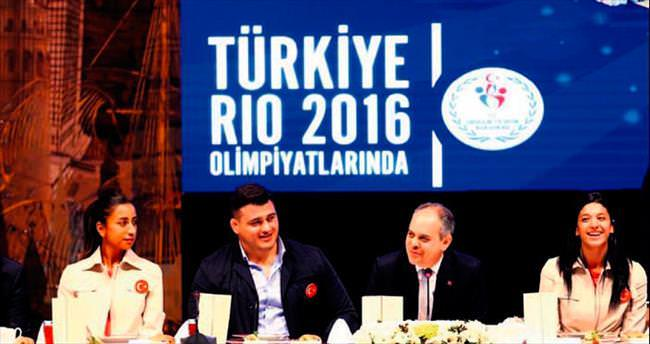 Bakan'dan Rio morali