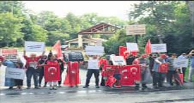 Gülen'in iadesi için ABD'de 78 bin imza