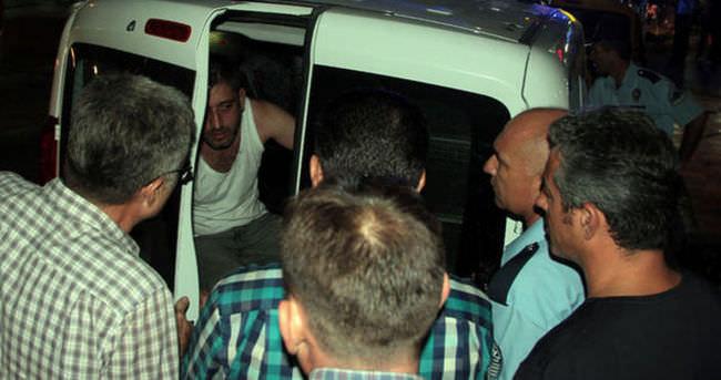 Manisa'da polise bıçaklı saldırı