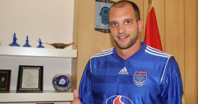 Nemanja Kojic Büyükşehir Gaziantepspor'da kaldı