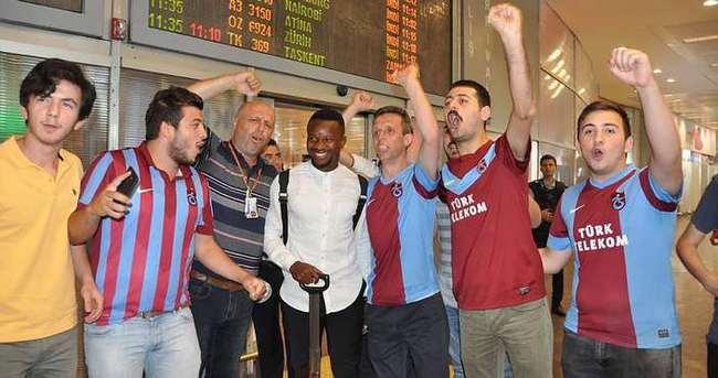 Trabzonspor, Ogenyi Onazi'yi borsaya bildirdi