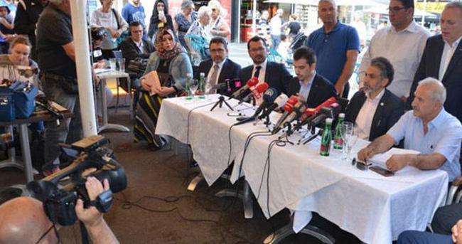 Avusturya'daki Türk STK'lardan darbe karşıtı gösteri