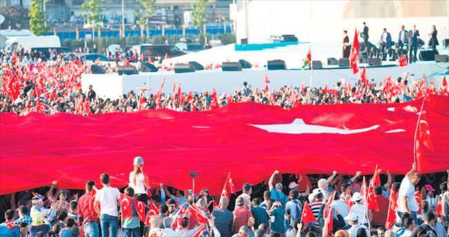 Yenikapı'da 5 milyon kişilik demokrasi şöleni