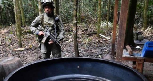 Kolombiya kokain laboratuvarlarını yok etti