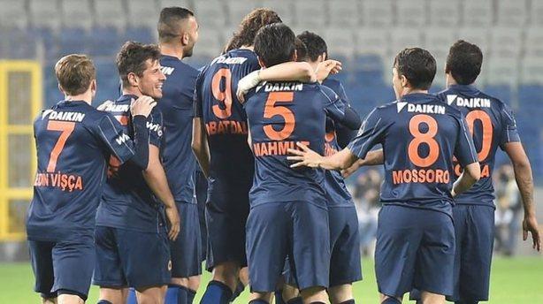 Medipol Başakşehir UEFA Avrupa Ligi play-off turuna yükseldi!
