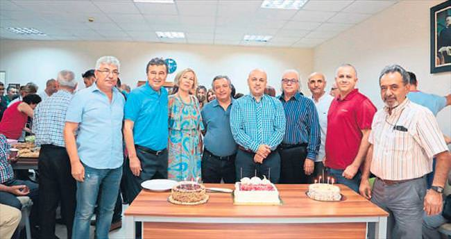 Op. Dr. Ercan Atalay için veda kokteyli