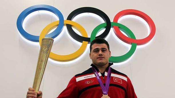 Olimpiyatlarda Türk bayrağını Kayaalp taşıyacak!