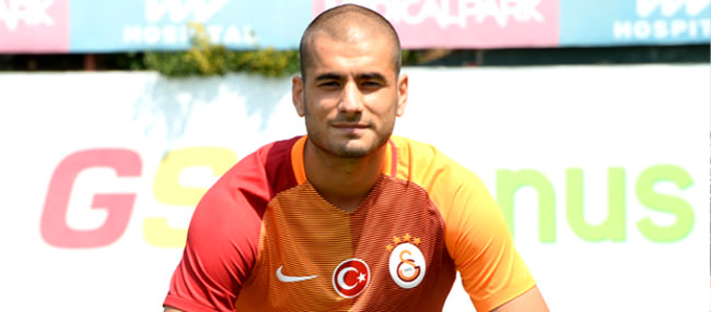 Eren Derdiyok Galatasaray'a imzayı attı