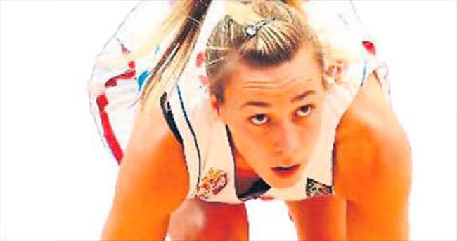 Nevena Jovanovic Yakın Doğu'da