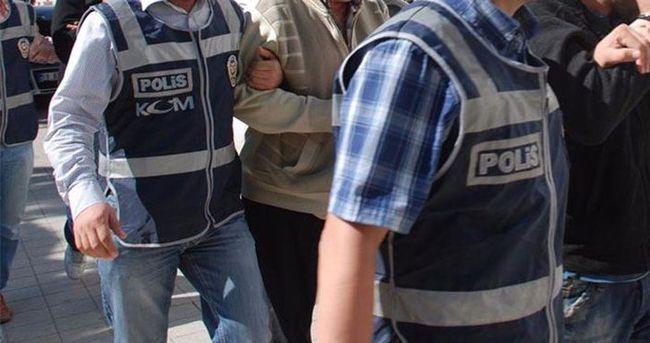 İzmir'de işadamlarına FETÖ operasyonu: 7 gözaltı