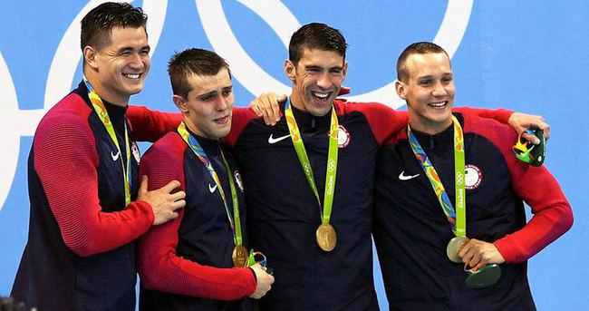 Michael Phelps'ten 19. olimpiyat altını