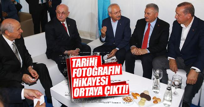 Yenikapı'da liderlerin çok konuşulan o fotoğrafının ayrıntıları
