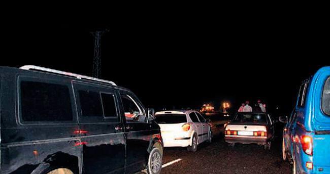Erzurum-Artvin karayolu sel nedeniyle kapandı