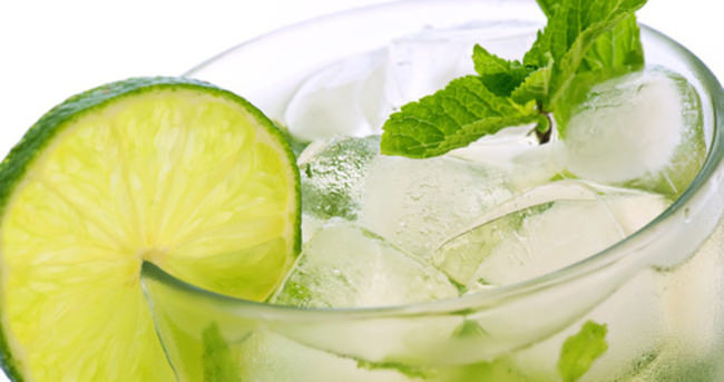 Mutlaka buzlu naneli içecekler tüketin!