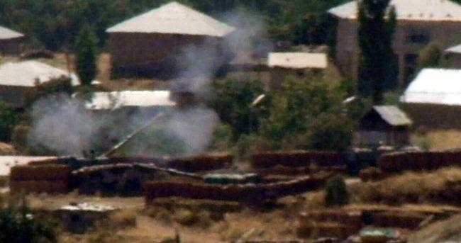 Şemdinli'de PKK'lı teröristler askeri üs bölgesine havanla saldırdı
