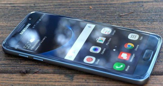 Samsung telefonlarda düz ekran tarih oluyor