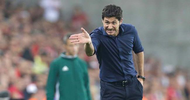 Olympiakos'ta Sanchez ile yollar ayrıldı
