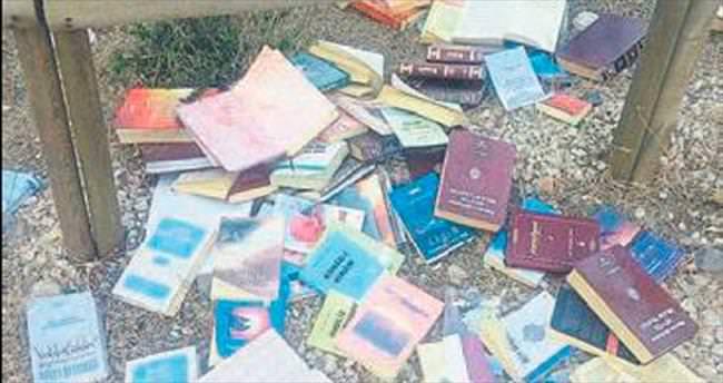 FETÖ kitaplarını ormana atmışlar