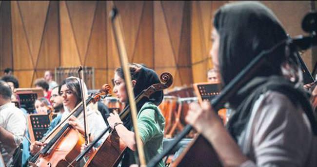 Dünya Gençlik Orkestrası Tahran'da