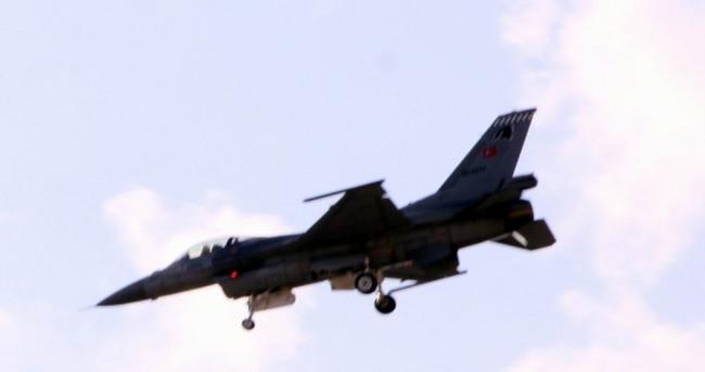 Tunceli kırsalında PKK'ya hava harekatı