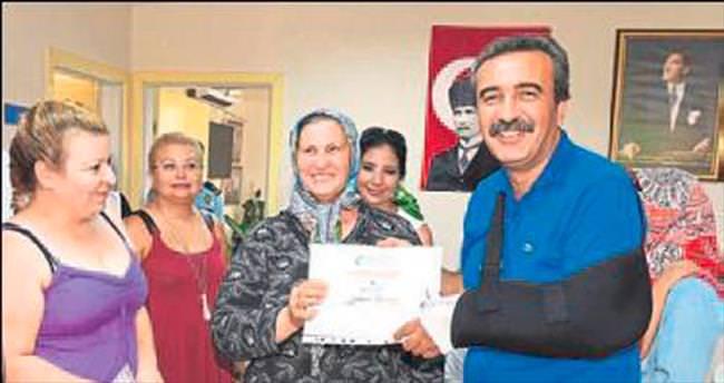 Engelli annelerine yüzme sertifikası