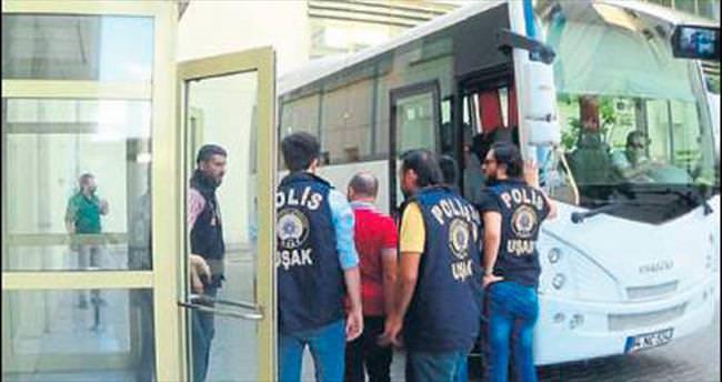 Uşak'ta 20 FETÖ 'abla'sı tutuklandı