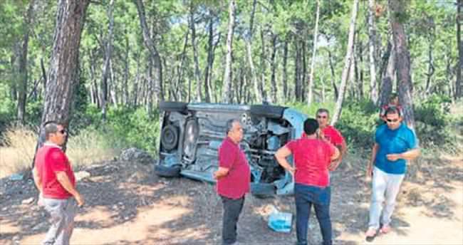 Kamyonet devrildi 5 kişi yaralandı