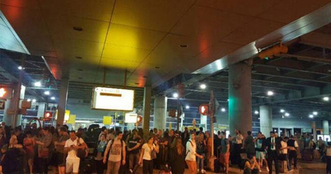 JF Kennedy Havalimanı boşaltıldı
