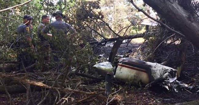ABD'de küçük uçak düştü: 6 kişi öldü