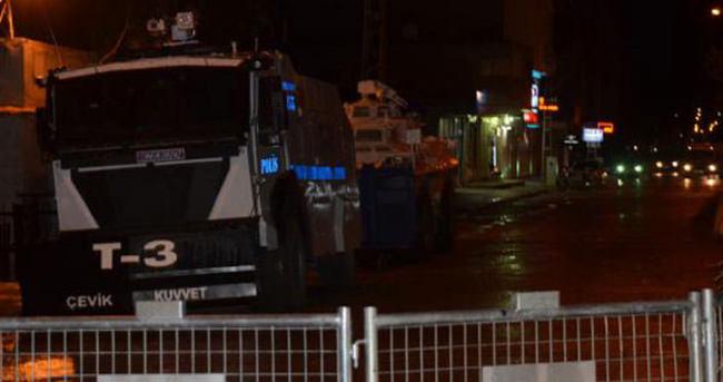 Polis karakoluna silahı saldırı