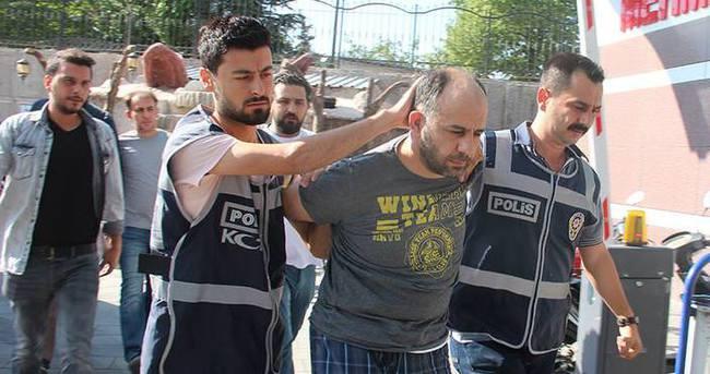 Halka ateş açılması emrini veren firari albaylar gözaltında