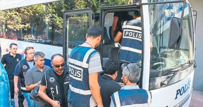 FETÖ'cü 27 emniyet mensubu tutuklandı
