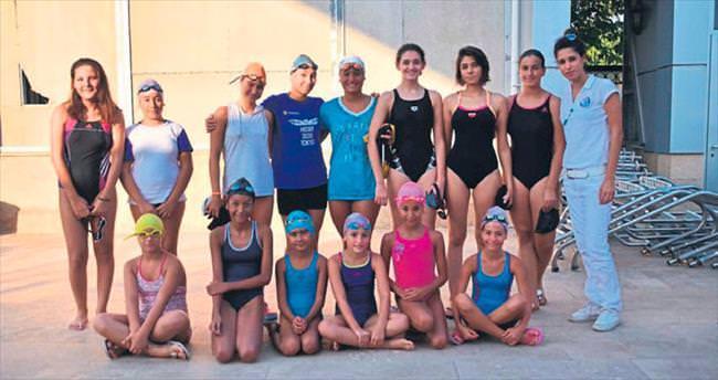 Performans yüzme yarışları sona erdi