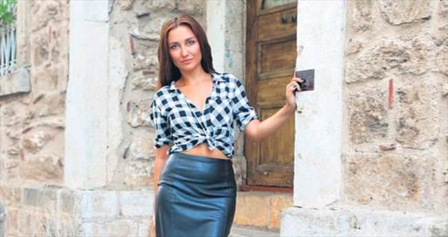 Pakistan sinemasında rol alan ilk Türk kızı