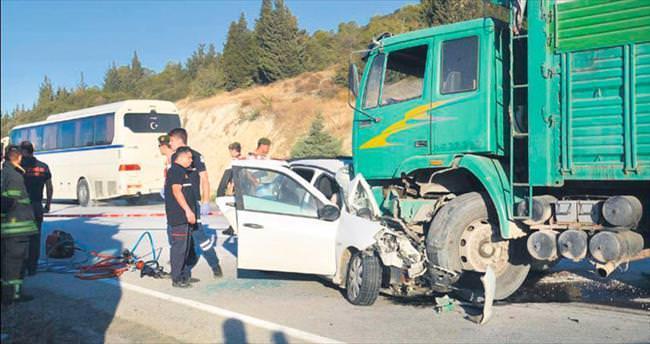 Kazalara bir günde 12 kurban