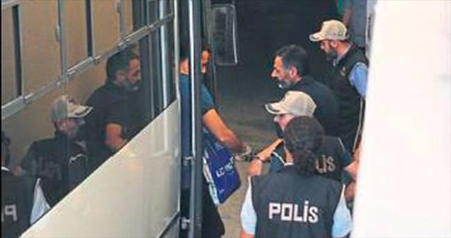 Antalya'da 41 polis adliyede