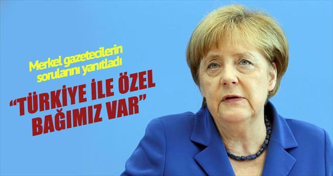 Merkel: Türkiye ile özel bağımız var