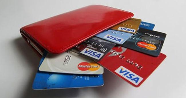Merkez kredi kartı faizlerini değiştirmedi!