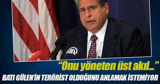Batı Gülen'in terörist olduğunu anlamak istemiyor