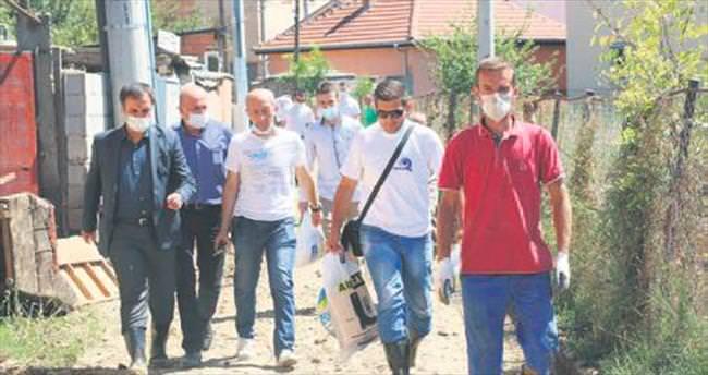 Bursa ekipleri yardım için Makedonya'ya gitti