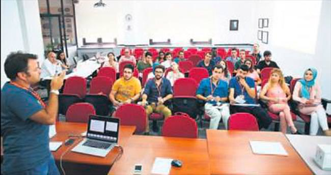 Başarılı genç yazılımcılar işe alınacak
