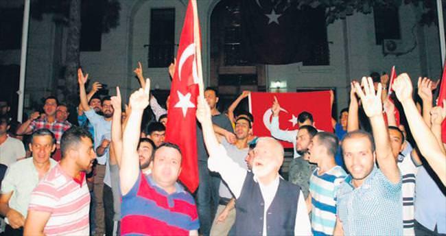 Demokrasi nöbetinden sonra huzur nöbetleri