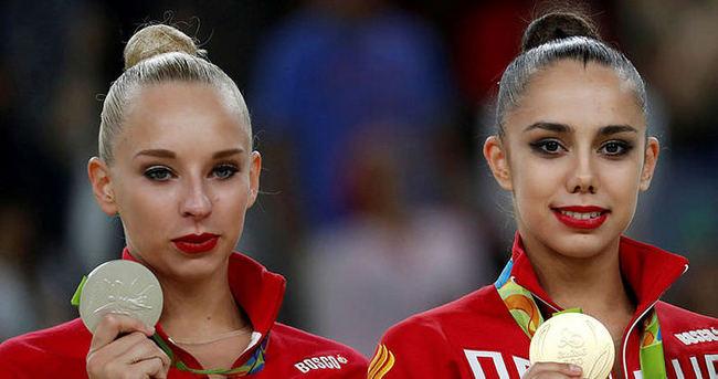 Altın da gümüş de Rusya'nın