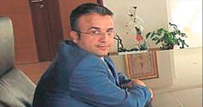 İzmir'de FETÖ operasyonu: 4 önemli gözaltı