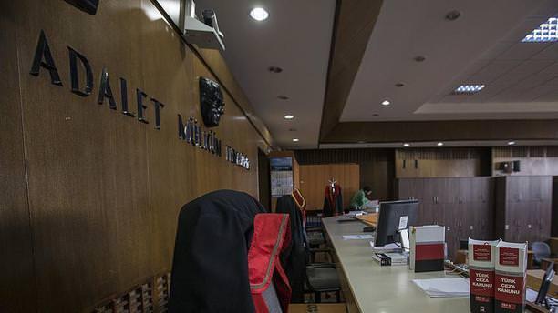 Başkentte 8 askeri hakim ve savcı tutuklandı