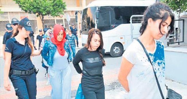 Mersin Adliyesi'nde 7 FETÖ'cü tutuklandı