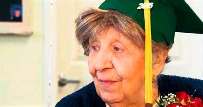 100 yaşında diploma sahibi