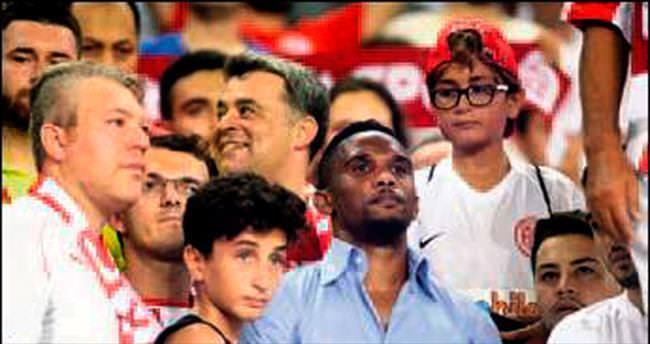 Beşiktaş'tan zorunlu Eto'o açıklaması geldi
