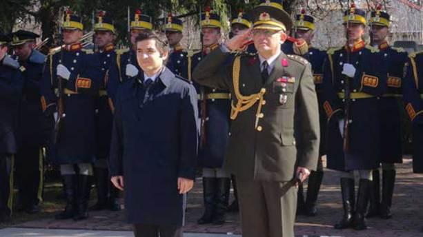 Diyarbakır İl Jandarma Komutanı Albay Keleş tutuklandı
